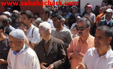الآلاف حجوا لمسجد الحاسي سوق السبت بأولاد داوود الزخانين لإحياء الوعدة السنوية جريا على عادات الاجداد