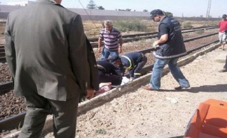 إقليم تازة .. مصرع ثلاثة أشخاص جراء صدم قطار لسيارتهم في ممر سككي