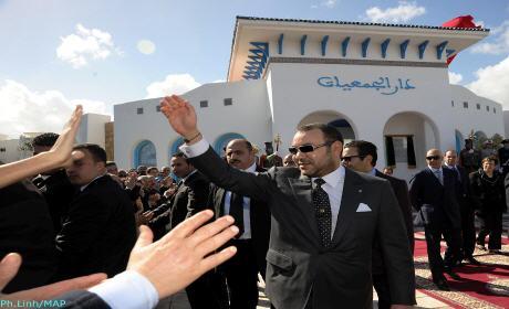 جلالة الملك يحل بمدينة وجدة و يحيي ليلة القدر بمسجد محمد السادس بالواد الناشف