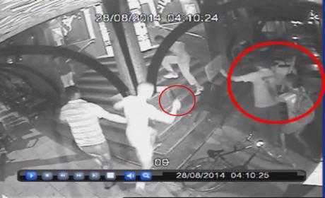 7 أشخاص  يهاجمون مقهى بالسيوف في غياب أمن السعيدية
