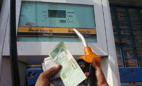 إنخفاض سعر البنزين بـ19 سنتيم في اللتر الواحد و يستقر في 12,87