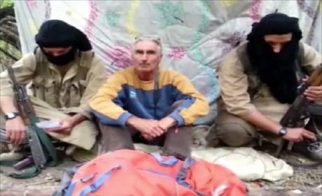 داعش رسميا في الجزائر.. قطع رأس الرهينة الفرنسي