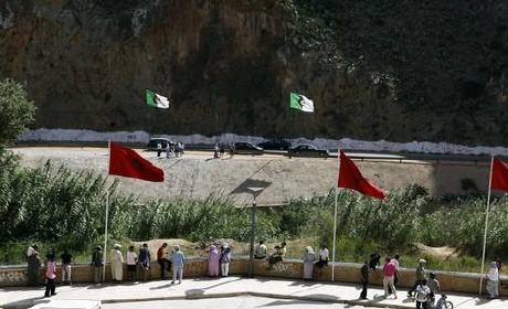 """الداخلية خائفة من تسرب """"الداعشيين"""" إلى المغرب عبر الحدود مع الجزائر بالمنطقة الشرقية"""