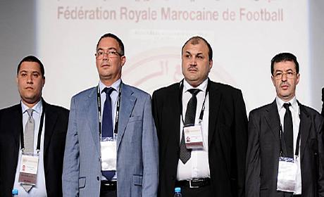 تفاصيل توزيع فوزي لقجع 33 مليون سنتيم على لاعبي المنتخب بأكادير