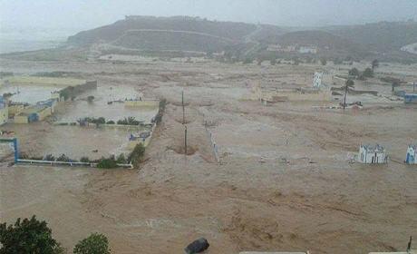 البلاغ.. إقليم بالجنوب المغربي منطقة منكوبة جراء الفيضانات و تعليمات ملكية بمد 250 قرية معزولة بالمواد الغذائية