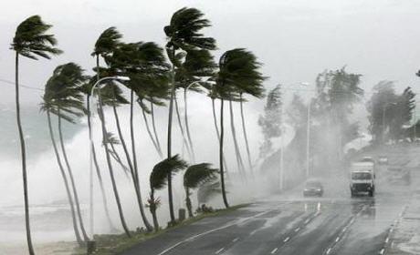 عواصف وتساقطات مطرية يوم غد الاثنين بالجهة الشرقية وعدة مناطق بالمملكة