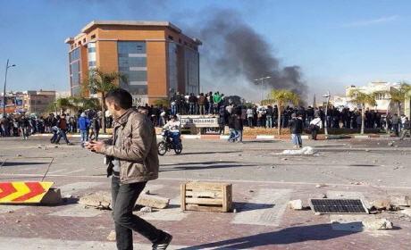 أحداث كلية الحقوق بوجدة: قنابل مسيلة للدموع في مواجهات بين الأمن والطلبة