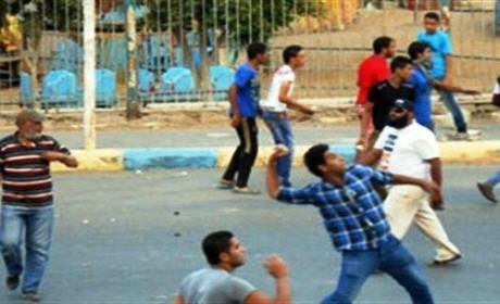 إصابة رجل أمن بوجدة إثر رشق بالحجارة من طرف مشجعي نادي المولدية الوجدية لكرة اليد