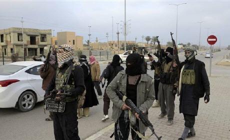 مغاربة هولندا يضيقون على أبنائهم خوفا من الالتحاق بـ»داعش»