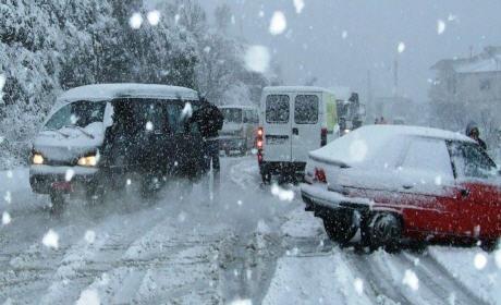 توقعات الطقس… عواصف وثلوج وبرد قارس بالجهة الشرقية