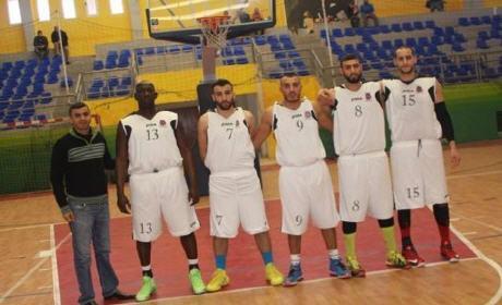 الاتحاد الرياضي سيدي سليمان بركان لكرة السلة ينتصر على المغرب التطواني ويستمر في الريادة