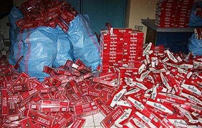 جمارك وجدة تحجز أربعة آلاف علبة سجائر مهربة
