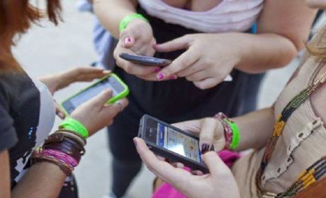 43 مليون مشترك في الهاتف النقال و10 ملايين في خدمة الأنترنت بالمغرب