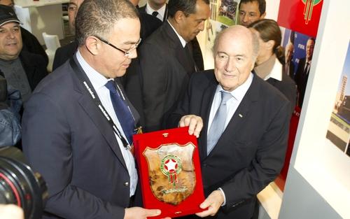 بلاتير يعفي المنتخب الوطني المغربي من الدور التمهيدي المؤهل للمونديال