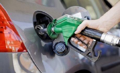 ابتداء من يوم الأحد … انخفاض في أسعار الغازوال والبنزين