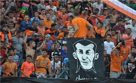 بعد العرض الباهت أمام الوداد … هل تستجيب إدارة بركان لكرة القدم لمطالب الالتراس أورونج بويز ؟