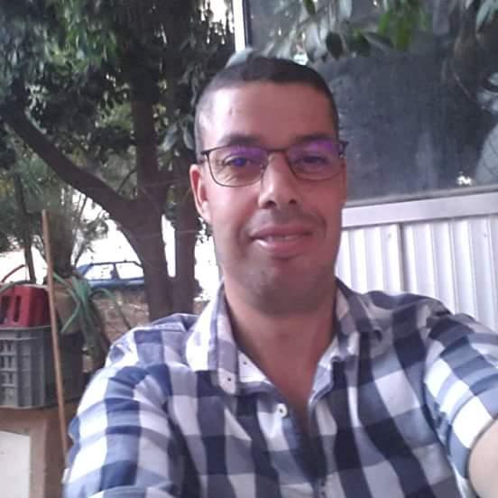 وزارة الثقافة توجه الدعوة للبركاني عبد الباسط زخنيني للمشاركة في المعرض الدولي للنشر والكتاب