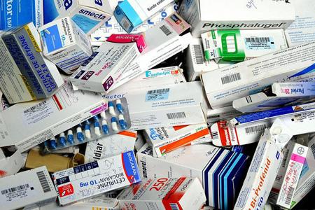 وزارة الصحة تخفض أسعار 75 دواء جديدا