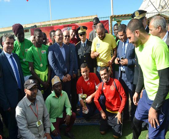بمناسبة الذكرى الثانية والأربعين لعيد المسيرة الخضراء المظفرة تنظيم جمعية المرصد المغربي الإفريقي للدفاع عن الوحدة الترابية دوري كرة القدم بأحفير إقليم بركان