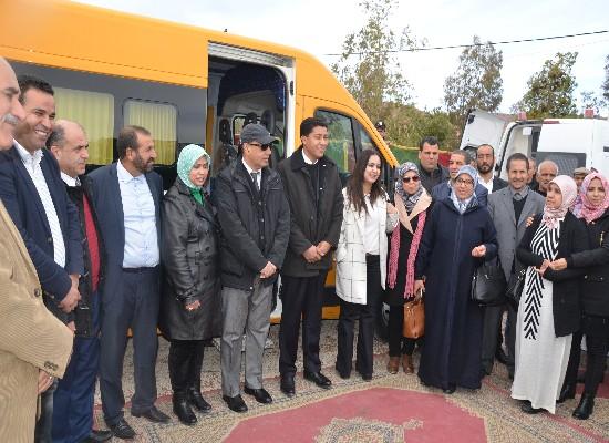 جماعة سيدي بوهرية تستفيد من حافلات النقل المدرسي وسيارات إسعاف