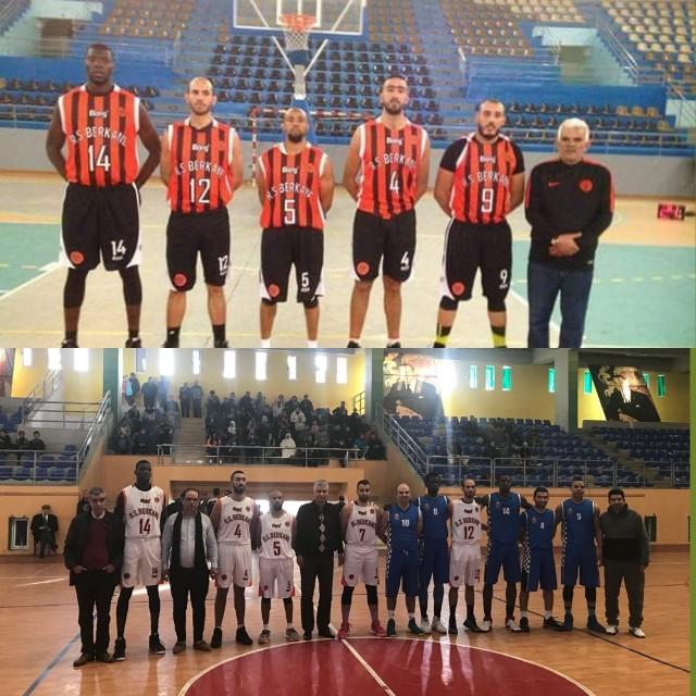 نادي نهضة بركان لكرة السلة يحقق الإنتصار الخامس على اتحاد الشاون بحصة 81 مقابل 59