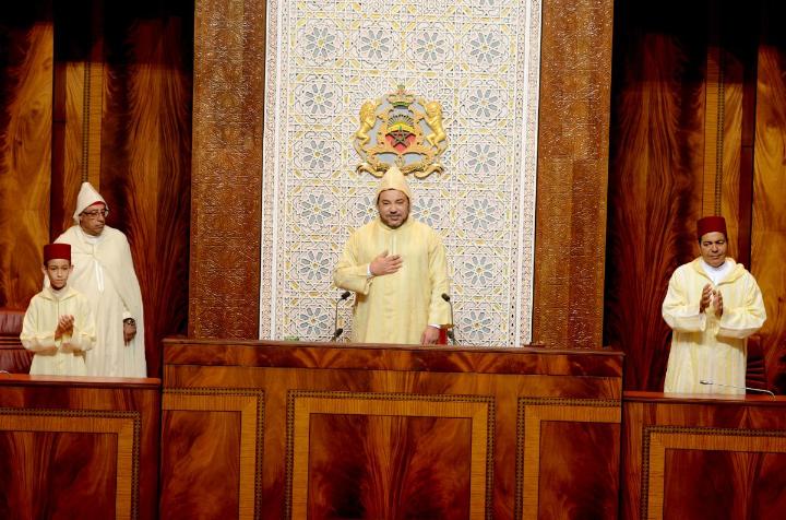 الملك محمد السادس يلقي خطابا بالبرلمان بمناسبة افتتاح الدورة التشريعية (النص الكامل)