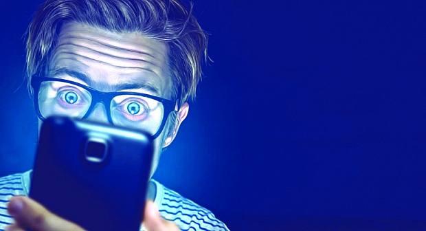 ساعة واحدة من الضوء الأزرق ليلا تهددك بهذا المرض الخطير والمزمن!