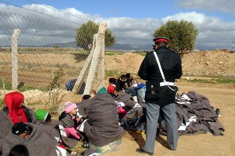 إيقاف 16 سورياً بأحفير إقليم بركان بمحاذاة الحدود مع الجزائر