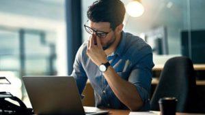 كيف تحافظ على صحتك العقلية أثناء العمل؟