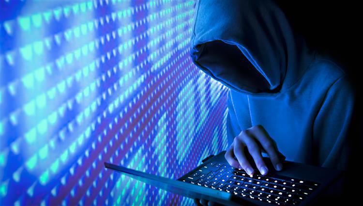 """هجوم إلكتروني """"خارجي"""" يوقف خدمة الإنترنت لعدة ساعات في تركيا"""