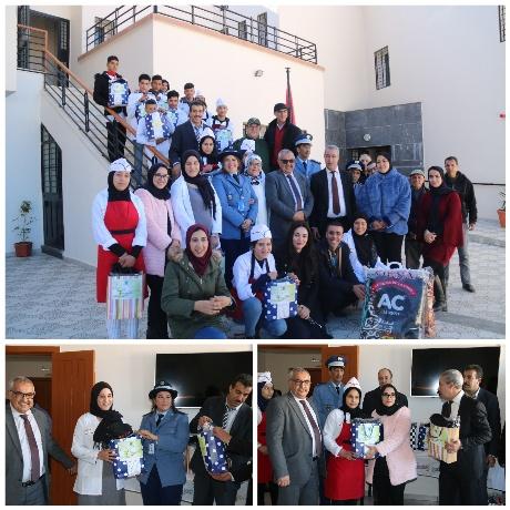 المديرية الإقليمية للجمارك بوجدة تقوم بزيارة لمركز دار الطالب والأطفال بتاوريرت