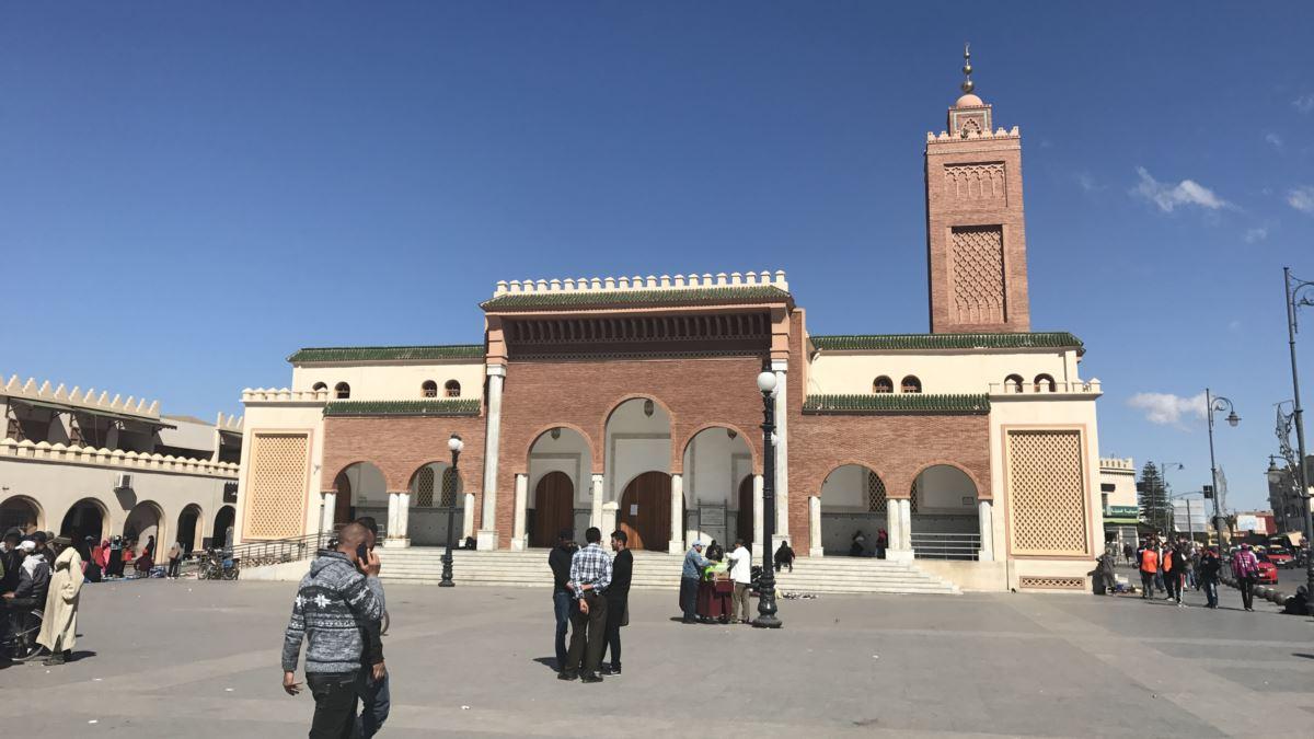 بناء على طلب الفتوى الموجه إلى المجلس الأعلى المغرب يغلق أبواب مساجد المملكة حتى إشعار آخر