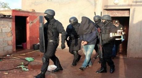 """تفكيك خلية إرهابية تنشط بمدينة سيدي سليمان تتكون من أربعة عناصر متشددين موالين لـ """"داعش"""""""