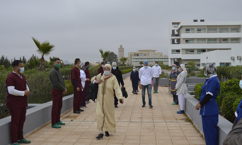 خروج ثلاث حالات جديدة بعد تعافيها من فيروس كورونا بالمركز الاستشفائي الجامعي محمد السادس بوجدة