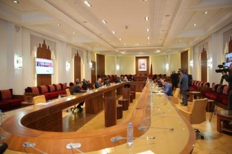 """لجنة الداخلية بمجلس النواب تصادق على مشروع قانون """"حالة الطوارئ الصحية"""""""