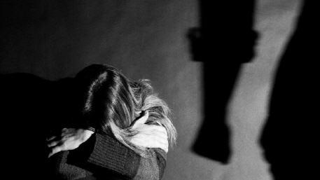 فضيحة أخلاقية مدوية اغتصاب مغربيات عالقات بمليلية