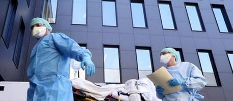 كورونا في العالم .. أزيد من 6 ملايين إصابة والوفيات تتجاوز 370 الفا