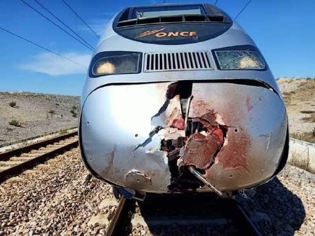 في مشهد مروع انتحار شخص بعد اقتحامه سكة البراق ضواحي طنجة