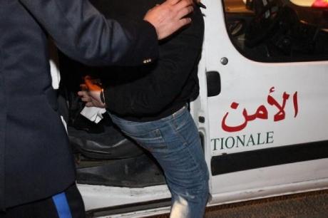 """اعتقال """"بزناس"""" وحجز 12 جرعة من مخدر الهيروين ببركان"""