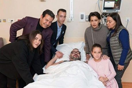 الملك محمد السادس يجري عملية جراحية كللت بالنجاح بمصحة القصر الملكي بالرباط