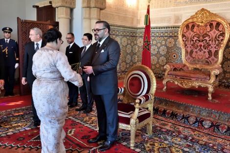 الملك يعين مجموعة من السفراء في بلدان العالم