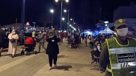 حملة تحسيسية لفائدة المواطنين الوافدين على المحطة السياحية بالسعيدية