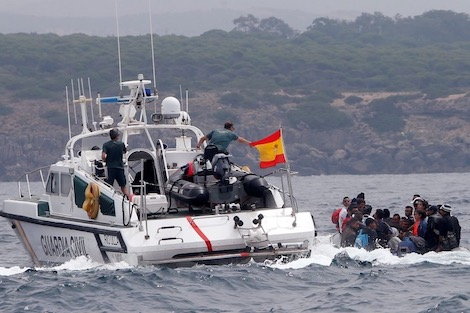 البحرية الإسبانية تعترض  قارب وعلى متنه مغاربة مرشحين للهجرة غير النظامية