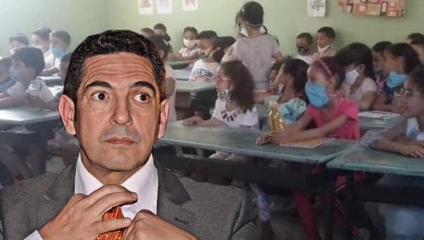 ضجة ترويج صورة لحجرة دراسية لا تحترم للتدابير الاحترازية تتسبب في توقيف مديرها