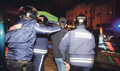 توقيف سبعة أشخاص للاشتباه في ارتباطهم بشبكة إجرامية تنشط في النصب والاحتيال والتزوير