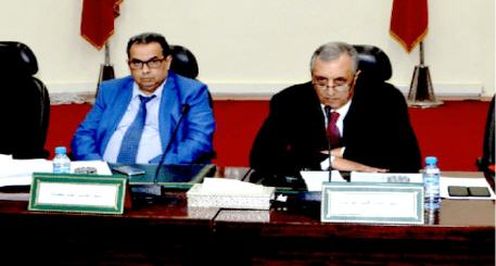 عامل إقليم الحسيمة يطالب رؤساء الجماعات بارجاع اموال المبادرة الوطنية للتنمية البشرية الموجودة في حسابات جماعاتهم