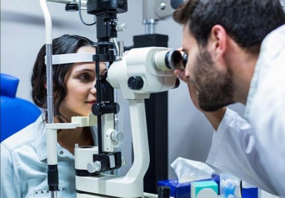 تقنية علمية.. إعداد أول جهاز في العالم لاستعادة الرؤية للمكفوفين