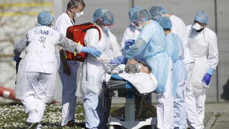 """جامعة جونز هوبكنز عدد المصابين بـ """"كوفيد-19"""" في العالم يتجاوز 35 مليونا"""