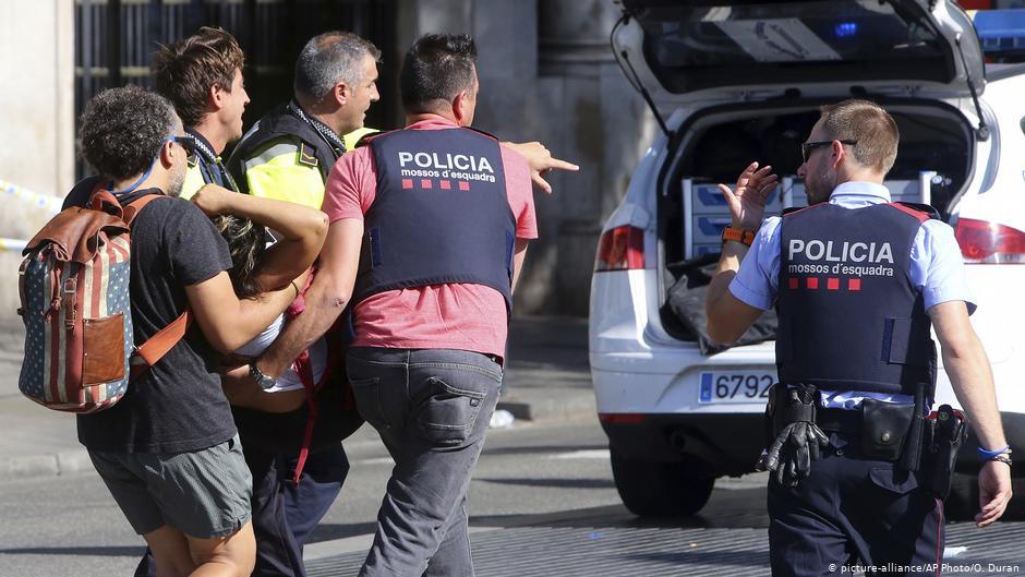 مقتل شخصين وإصابة أخرين بجروح بسكين في مدينة نيس