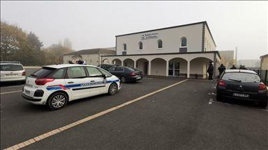 محاولة إحراق مسجد بفرنسا من قبل شخص عنصري مجهول